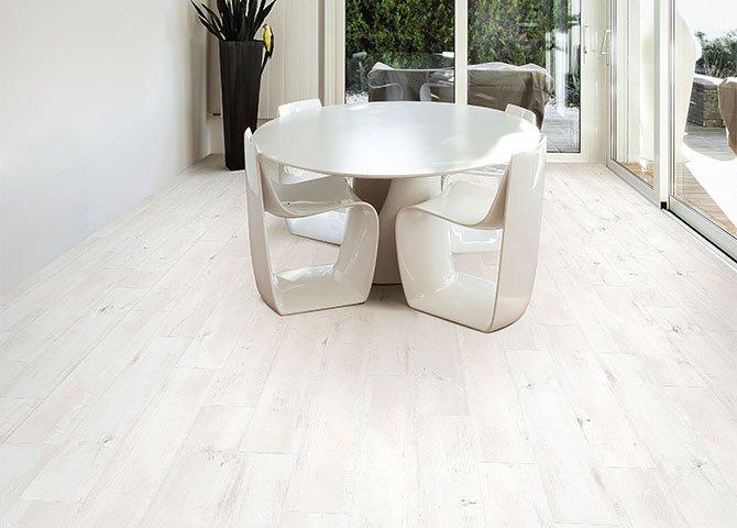 Piastrelle effetto legno serie elegance savoia bianco