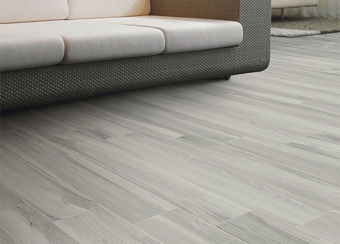 Piastrelle effetto legno serie elegance savoia grigio
